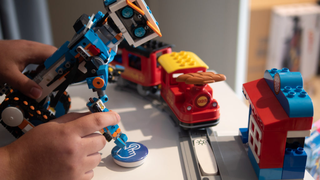 ROBOT BOOST LEGO DUPLO et Pusheeze