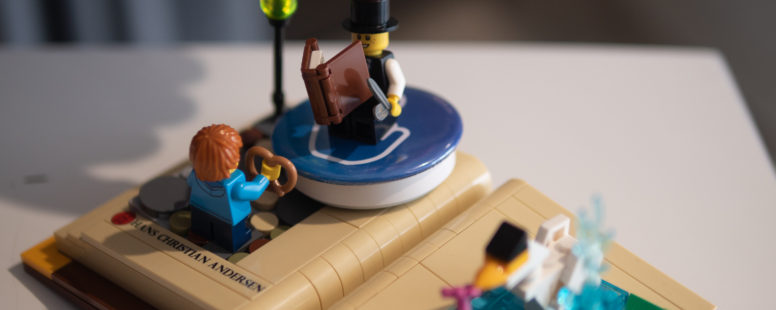 LEGO LIVRES PERSONNAGES
